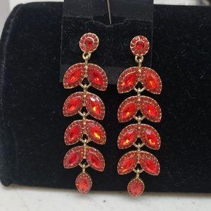 Jewelry - Red rhinestone goldtone earrings, new